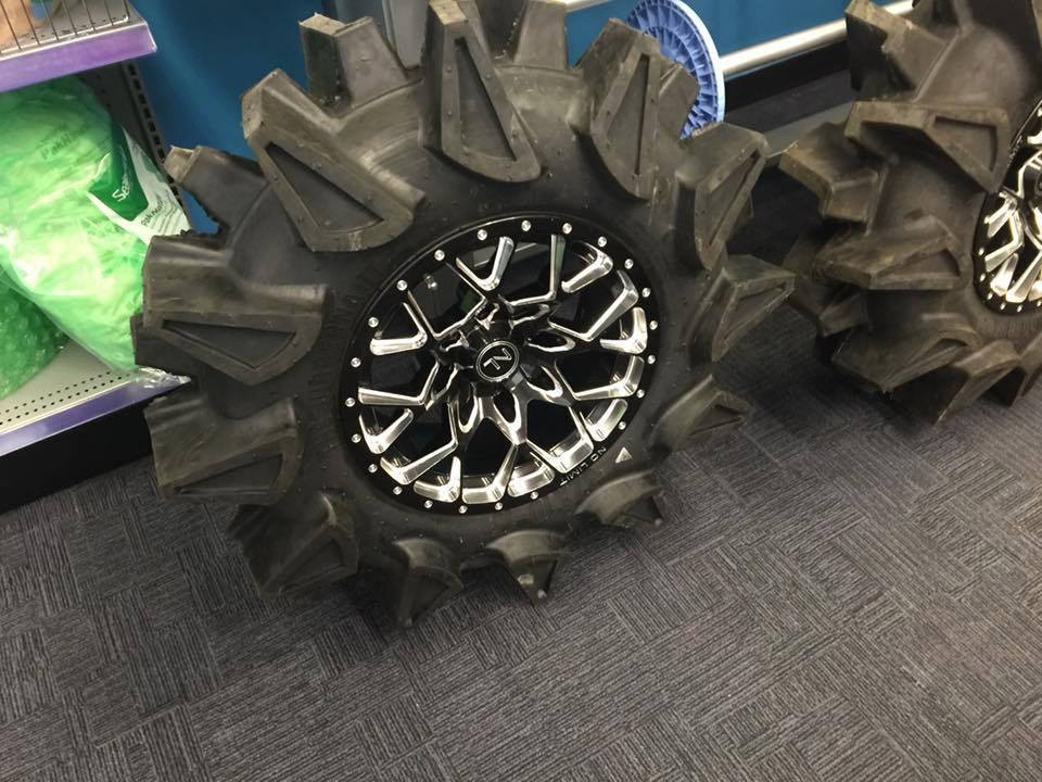 Tensor Regulator Tires On The Yxz