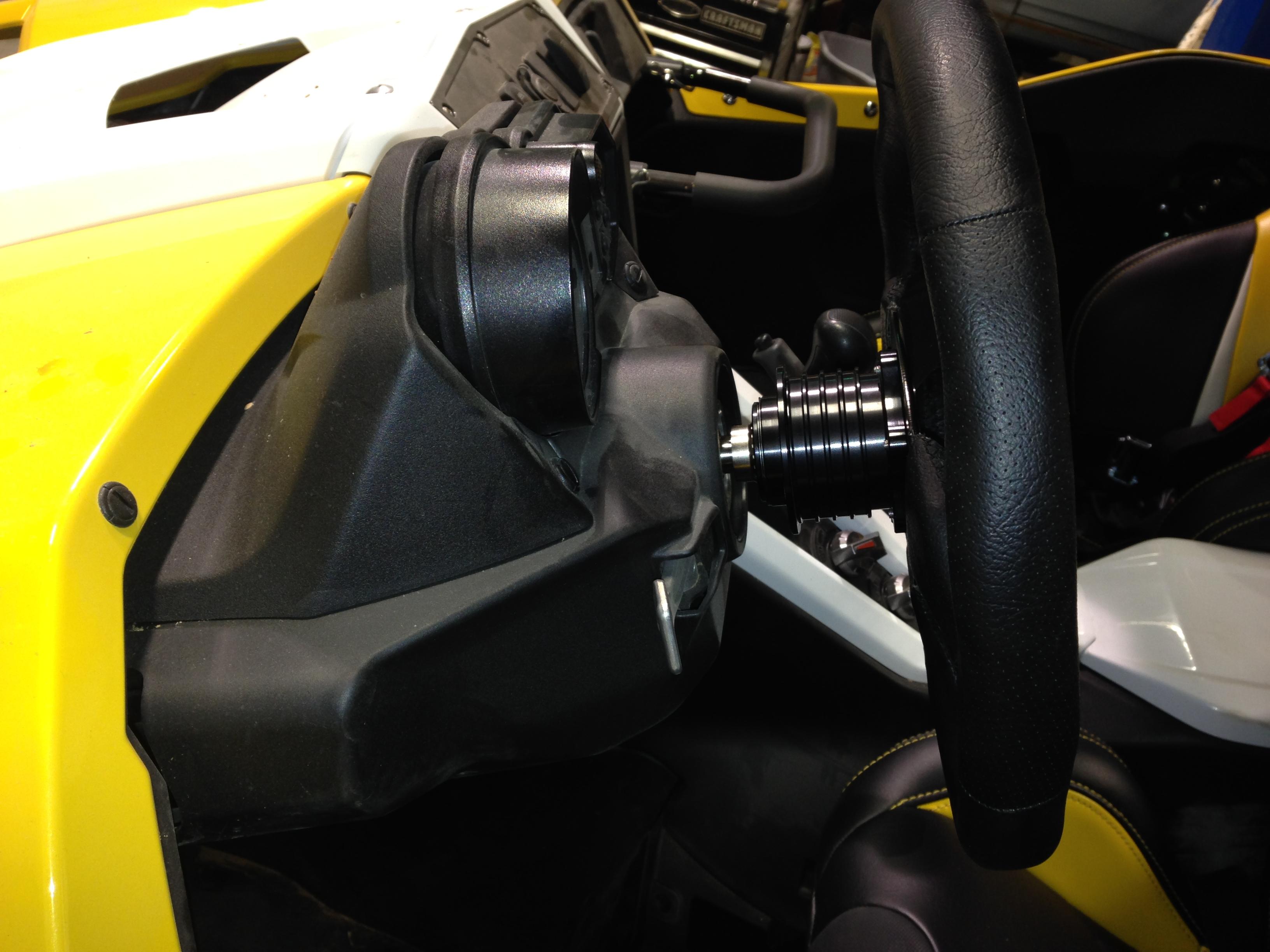 Seats Steering Wheel 003JPG