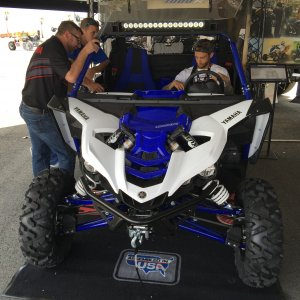 yamaha-yxz-light-bar